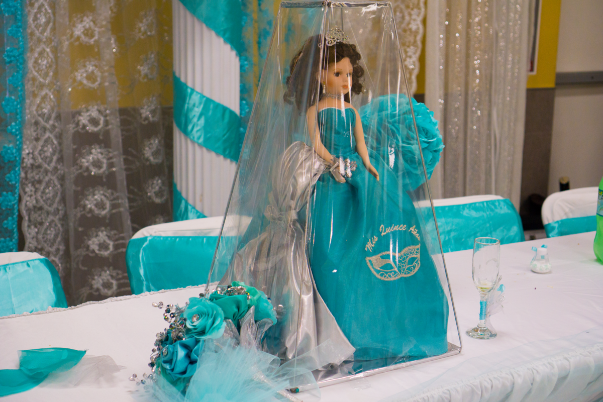 La ultima muñeca, or the last doll, is a gift the quinceañera receives on her big day. It is a significant milestone as her last childhood toy now that she is becoming a young woman.